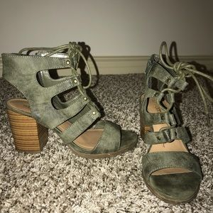 Olive green wedges